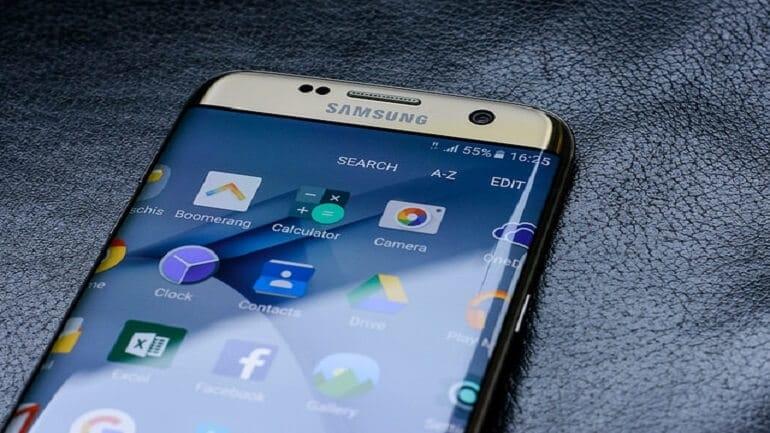 Samsung, mobil ekran tasarımı için önemli bir patent aldı