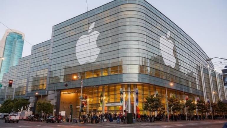 Apple'ın vergi krizi gittikçe büyüyor!