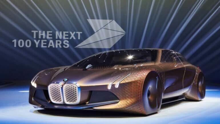 BMW Vision Next göz kamaştırıyor!