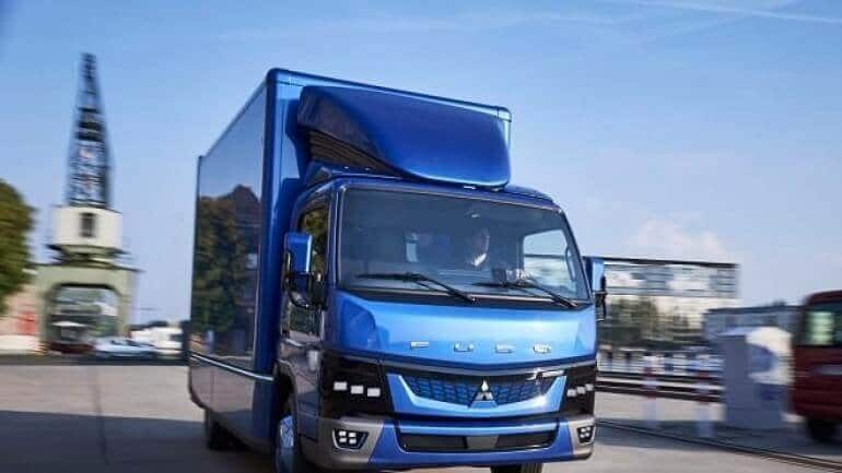 Daimler'in elektrikli kamyonları yola çıkıyor