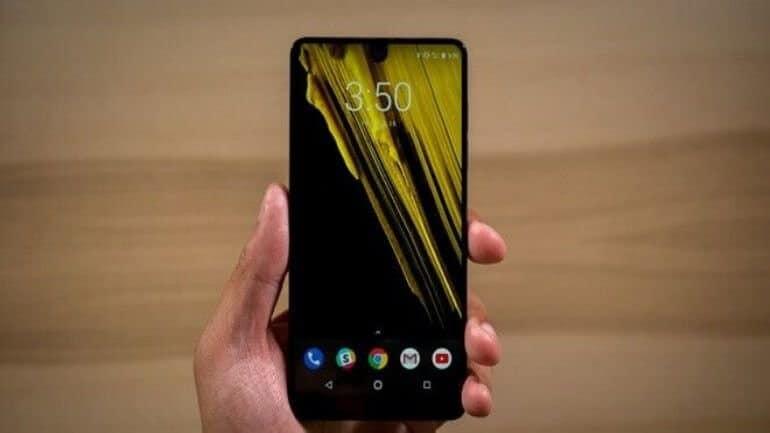Essential Phone Android 8.1'e geçecek
