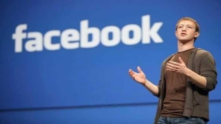 Facebook şiddete ve çıplaklığa daha az sansür getirecek