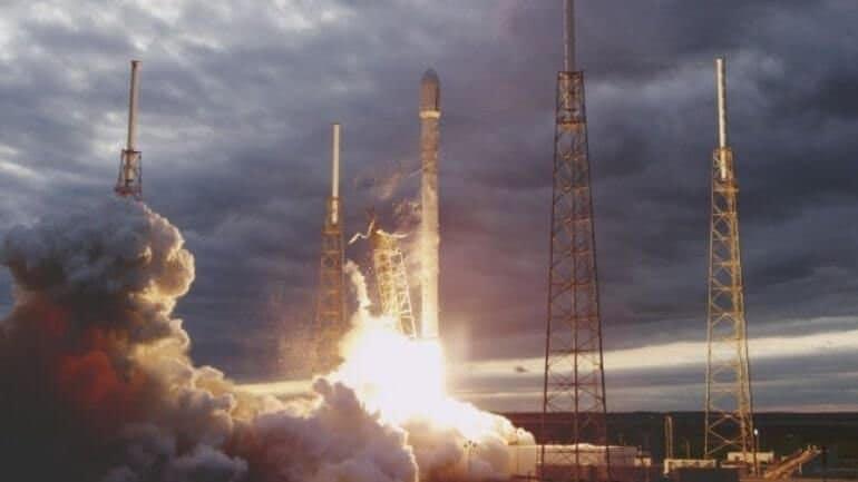 Falcon 9'a Uzaylılar mı saldırdı?