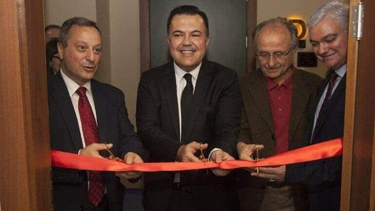 Kadir Has Üniversitesi TV Laboratuvarı açtı!