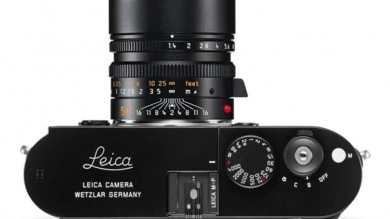 Leica'dan 70 binlik özel kamera