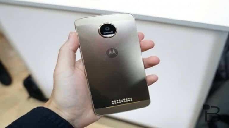 Motorola'nın yeni modüler telefonu