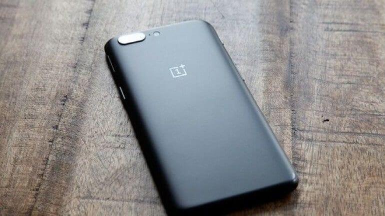 OnePlus 5T etkinlik biletleri tükendi