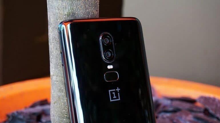 OnePlus Orta Sınıf Telefonlar İçin 2021'e Kadar Bekleyecek