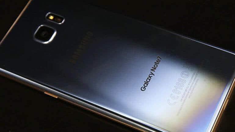 Samsung Telefonlara Mercek Tutacak!