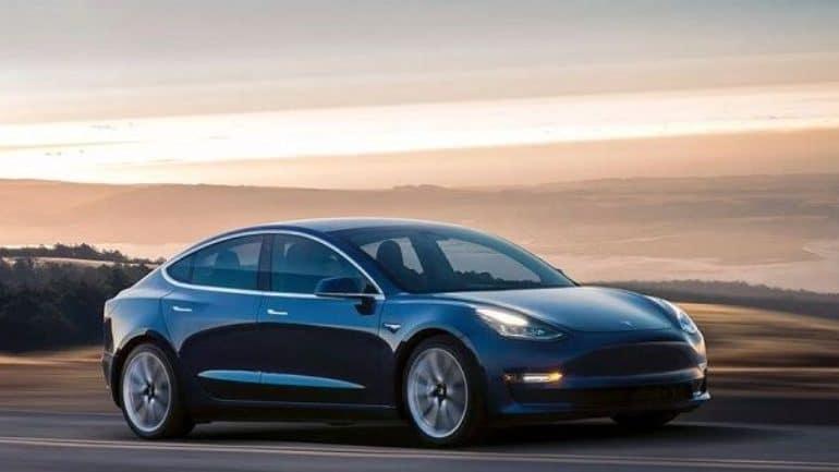 Tesla Model 3 üretimi geçici olarak durduruldu