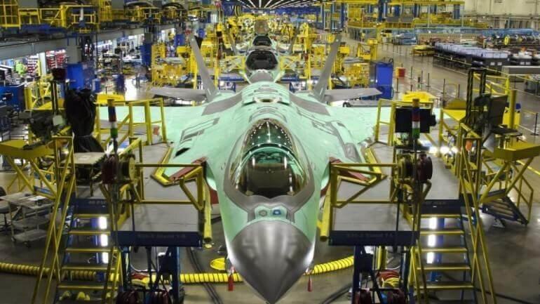 Türkiyeye gelecek F-35 ' in montajına başlandı