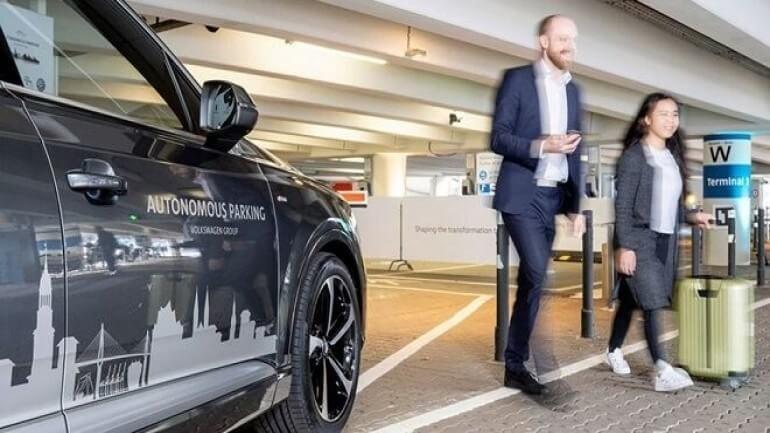 Volkswagen kendi kendine park eden araçlarını 2020'de çıkaracak