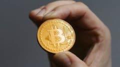 Wall Street Analisti: Bitcoin Alın, Altcoinlerinizi Satın!