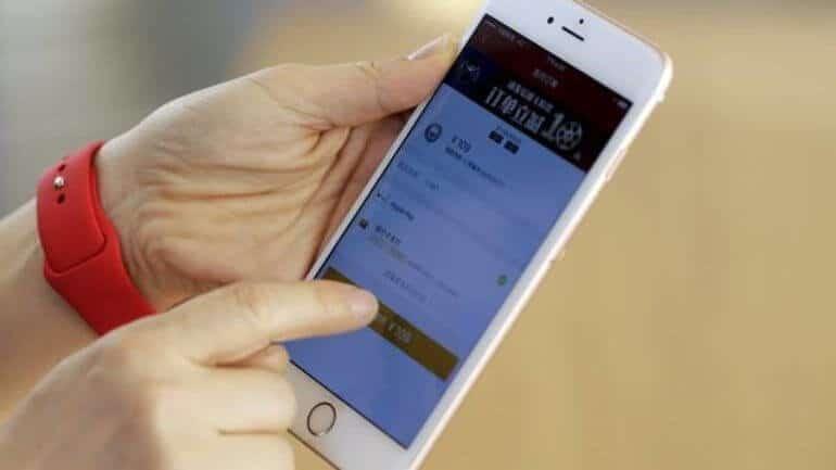 Yeni iPhone 7 kırıldı!