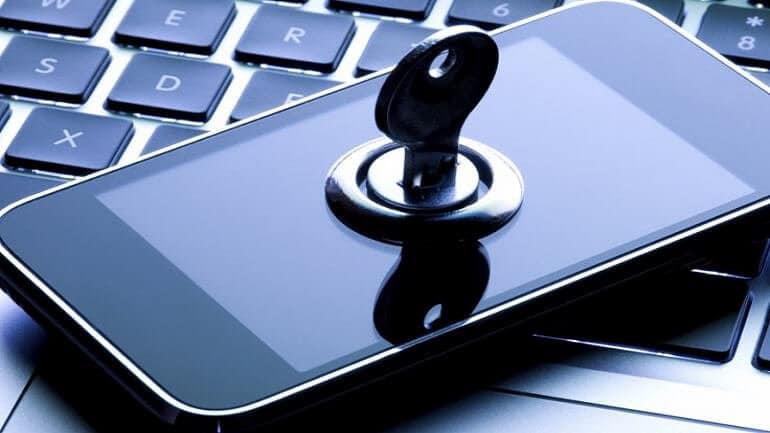 Yeni iPhone telefonlara güvenlik güçlerinin erişimi engellenecek!